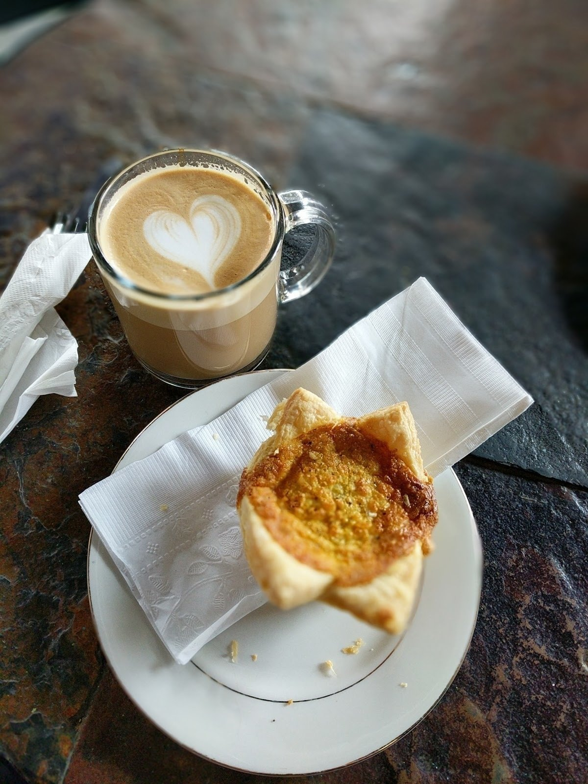 Hodgepodge Coffeehouse: A Work-Friendly Place in Atlanta
