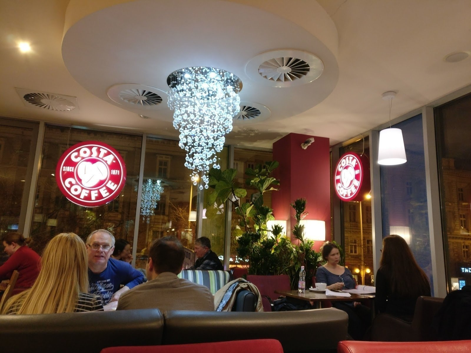 Costa Coffee: A Work-Friendly Place in Budapest