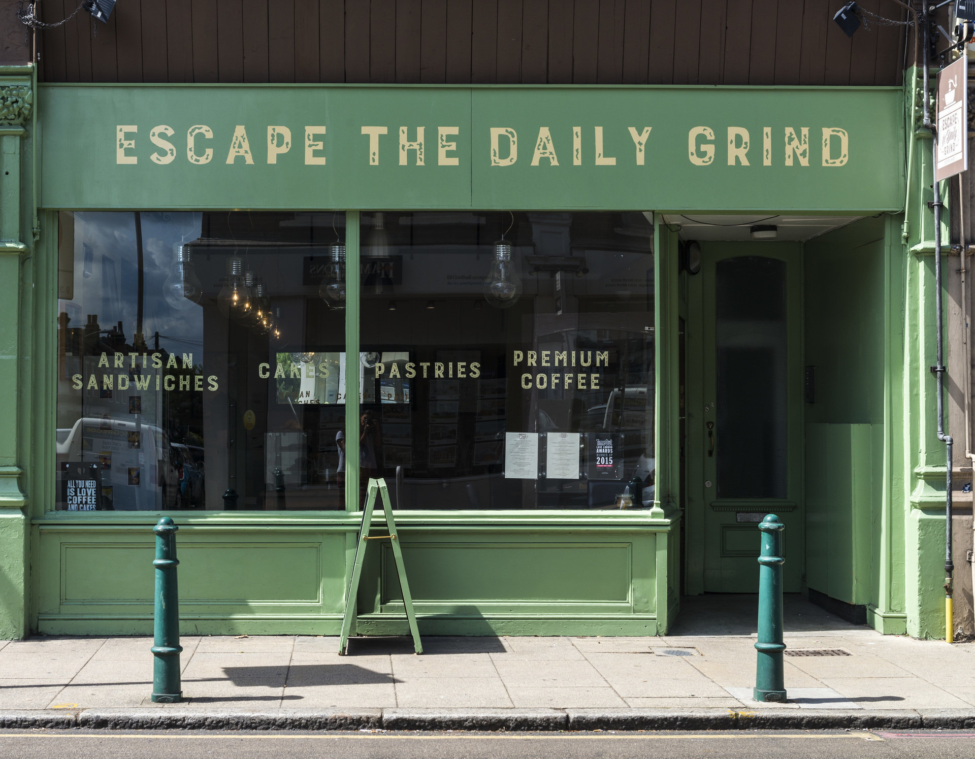 Escape The Daily Grind: A Work-Friendly Place in London