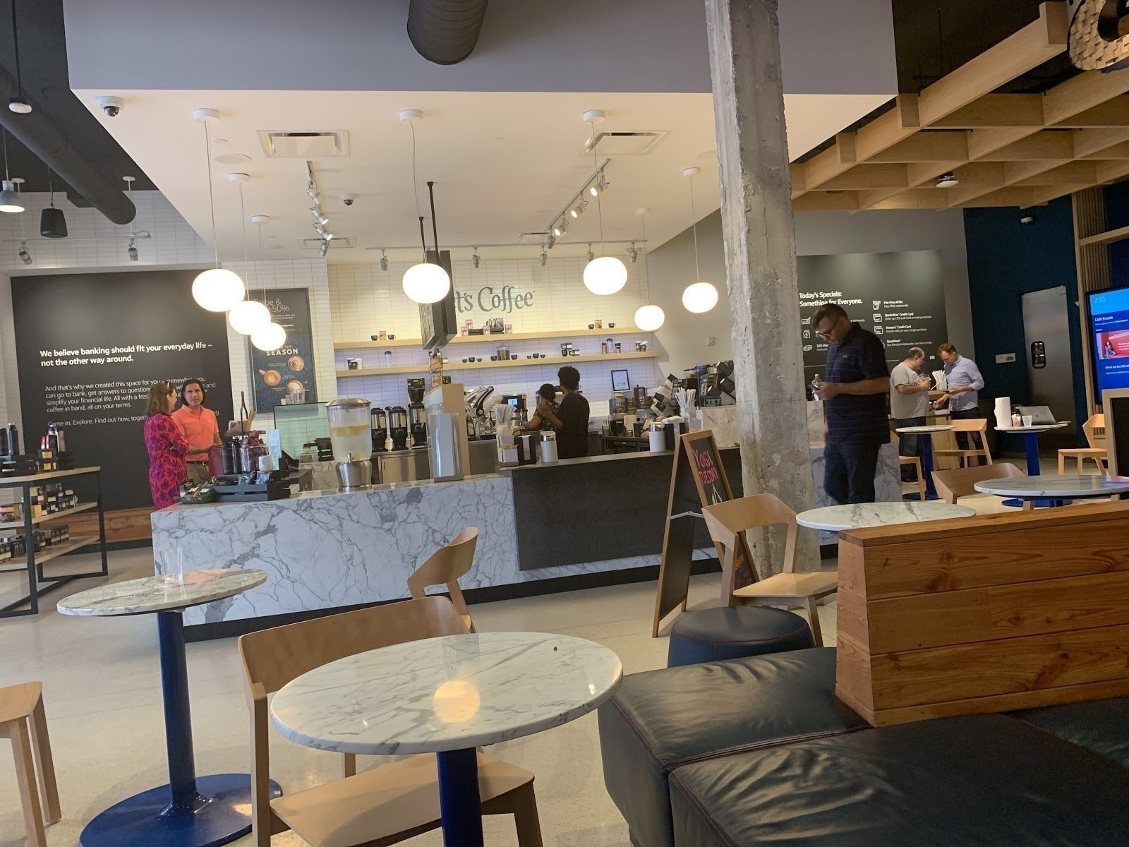 Capital One Café: A Work-Friendly Place in Miami Beach