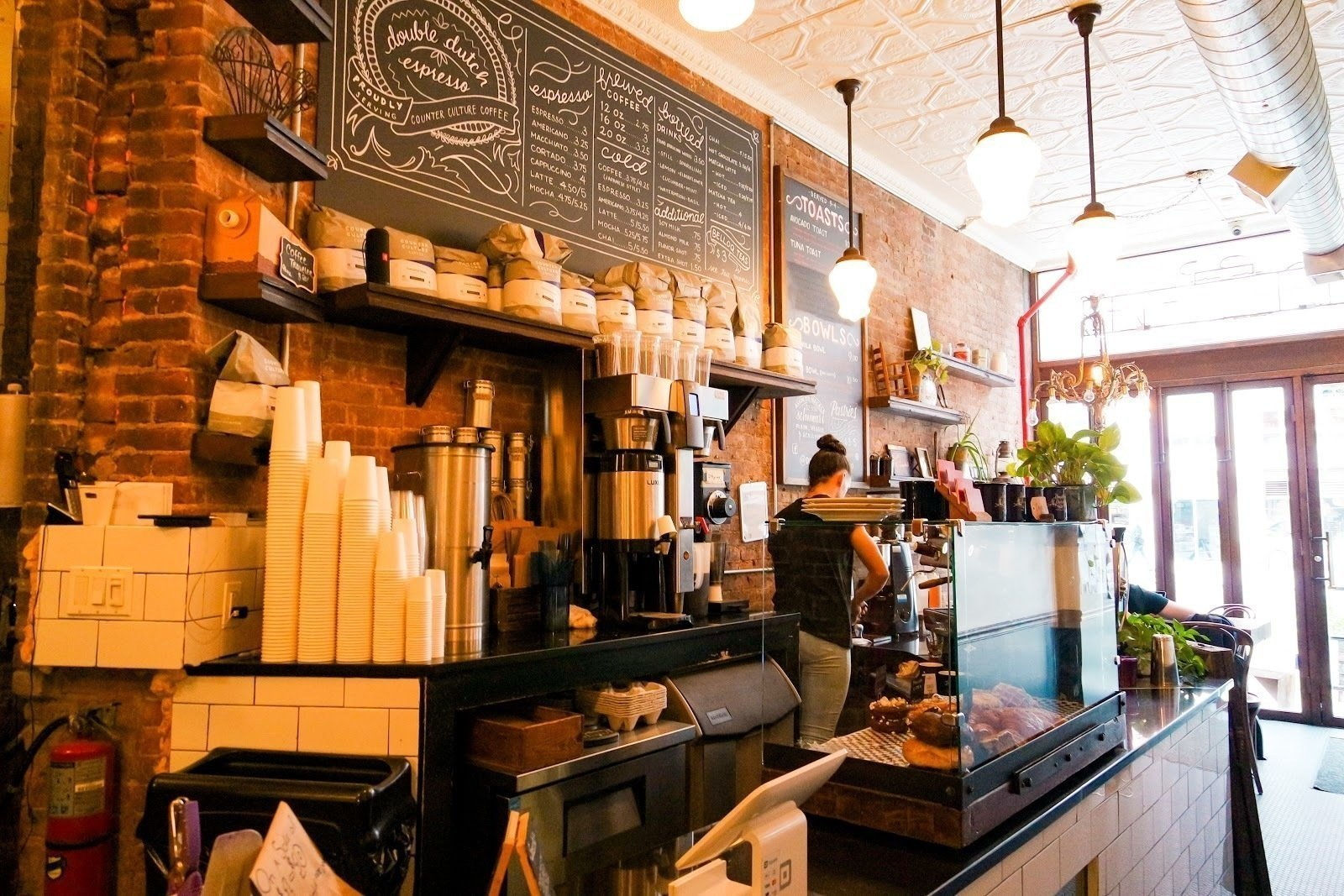 Double Dutch Espresso: A Work-Friendly Place in New York