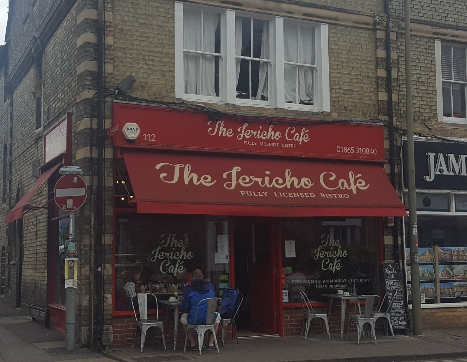 The Jericho Cafe: A Work-Friendly Place in Oxford