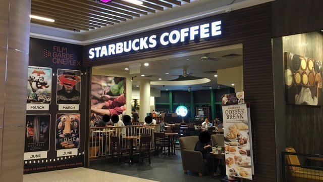 Starbucks @ Stadium Walk